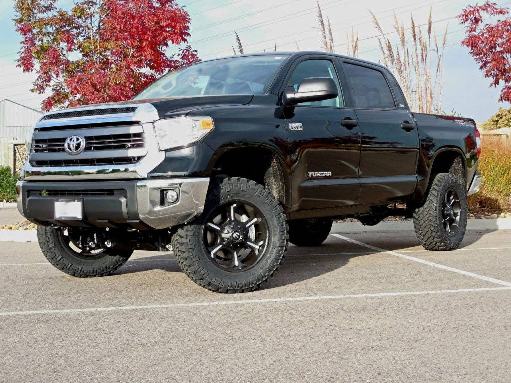 2014 Toyota Tundra With 4 5 Quot Bds Suspension Lift