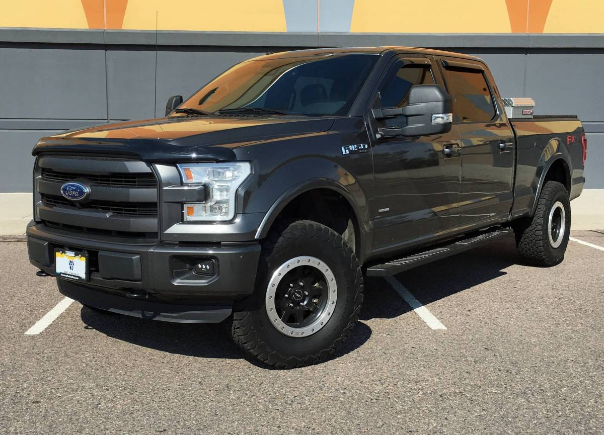 2015 ford f150 lariat king 3 coilover w reservoirs suspension lift. Black Bedroom Furniture Sets. Home Design Ideas