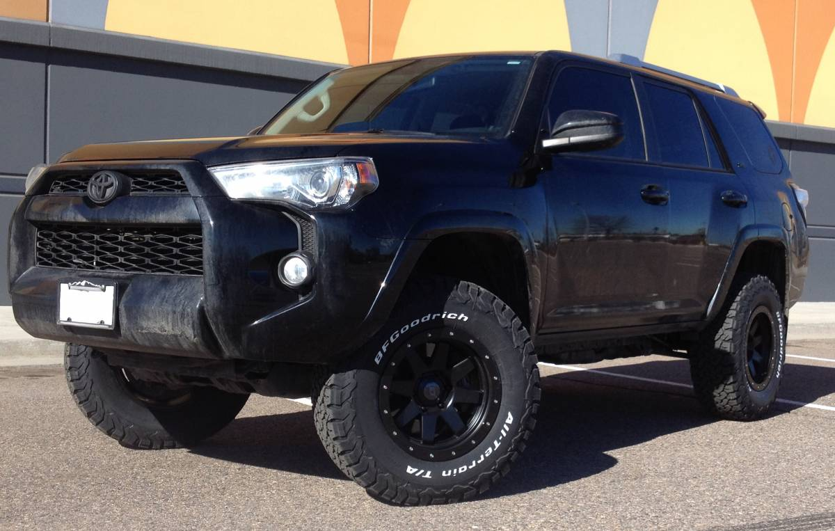 2015 Toyota 4Runner Icon Stage II Lift with SR8 wheels and