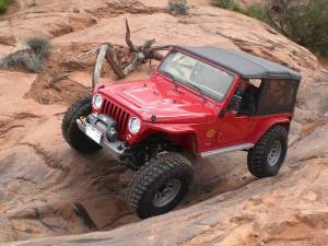 2006 LJ WITH NEMESIS ARMOR AND DYNATRAC AXLES