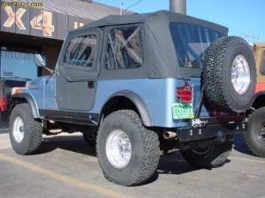 "HCP 4x4 Vehicles - CJ7 w/ 2.5"" BDS suspension, PSC Rocker Knockers, Bestop Super Top, WARN winch. - Image 4"