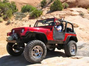 JEEP - JEEP WRANGLER YJ (1987-1995) - HCP 4x4 Vehicles - 1994 YJ W/ 350 LT 4, ATLAS AND MORE!