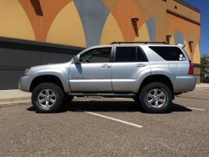 "2006 TOYOTA 4RUNNER TOYTEC BOSS 3"" COILOVER SUSPENSION WITH SPC UCA'S"