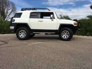 "Toyota - Toyota FJ Cruiser 2007-2014 - HCP 4x4 Vehicles - 2014 FJ Cruiser Toytec Suspension 33"" Tires ARB Bumper"