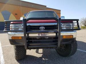 1993 TOYOTA 4RUNNER GRILLE GUARD AND NERF BARS (BUILD#80079)