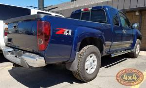 HCP 4x4 Vehicles - 2004 CHEVY COLORADO WESTIN NERF BARS (BUILD#80507) - Image 2