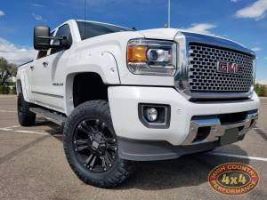 "GMC / CHEVROLET - CHEVY / GMC 2500/3500 PICKUPS (2011-2018) - HCP 4x4 Vehicles - 2015 GMC SIERRA HD2500 READYLIFT 3.5"" SUSPENSION LIFT (BUILD#83008)"